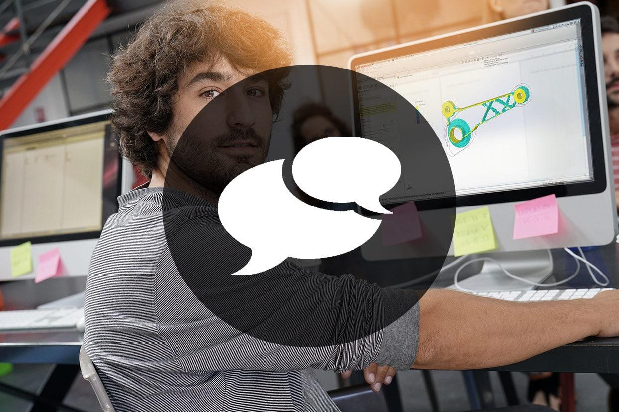 Konstrukteur vor Bildschirm mit SOLIDWORKS Anwendung